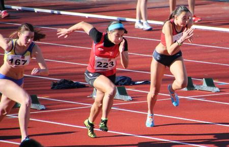 Elena Freiría y Sheila Gonçalves, en los 60m.