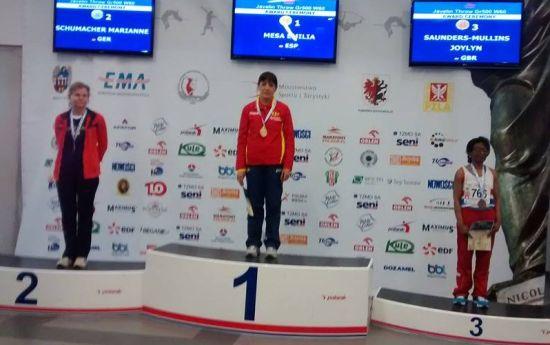 El podio europeo de la jabalina (foto Facebook Emilia Mesa)
