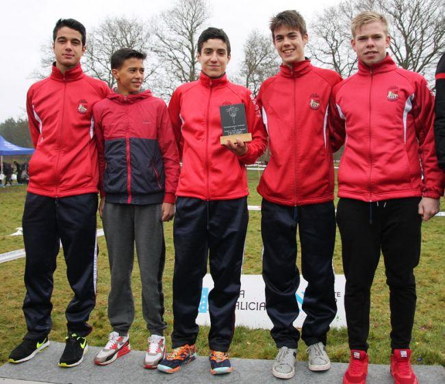 Equipo Juvenil: Alvaro Sarmiento, Ziad Nagihi, Fernando Costa, Jesús Álvarez y Abraham Rodríguez.